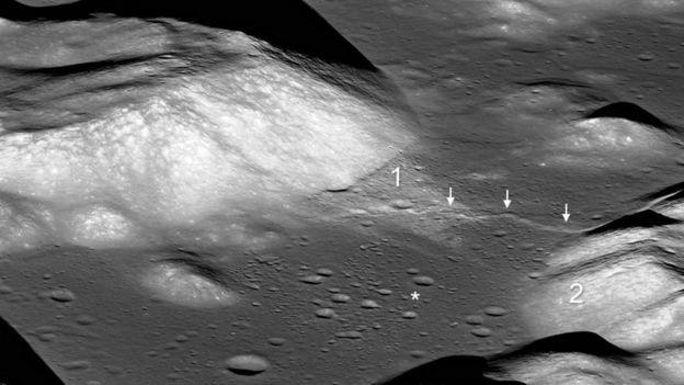 Falha num vale da lua