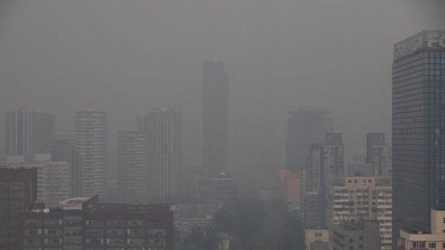 Névoa de poluição em Pequim, na China