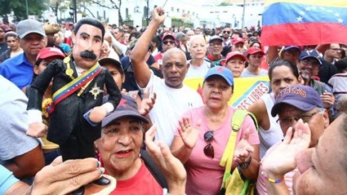 Los partidarios de Maduro se movilizaron en el centro de Caracas.
