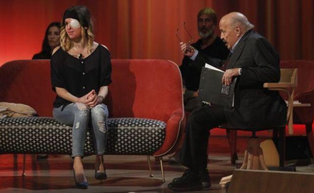 Gessica Notaro em programa de TV em abril de 2017