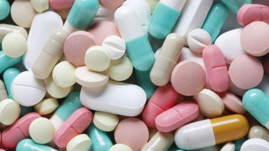 Remedios de distintos colores y formas.