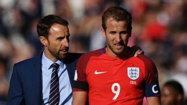 Kane and England manager Gareth Southgate after 2-2 draw with Scotland