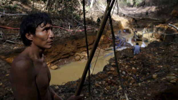 Em 17 de abril passado, operação desbaratou garimpo ilegal em território dos ianomâmi na floresta Amazônica em Roraima REUTERS/Bruno Kelly SEARCH