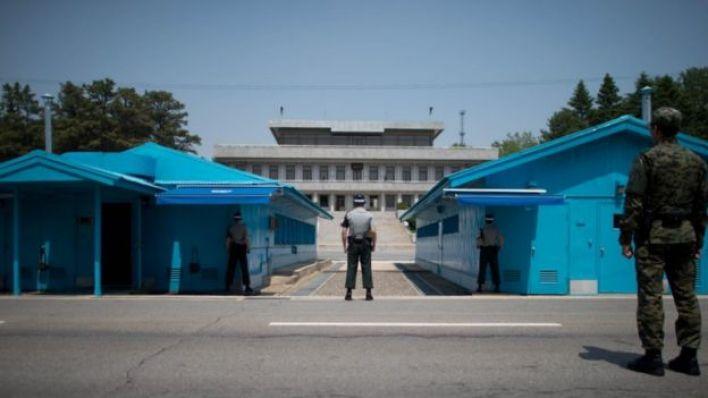 Panmunjom'daki Güney Koreli askerler.