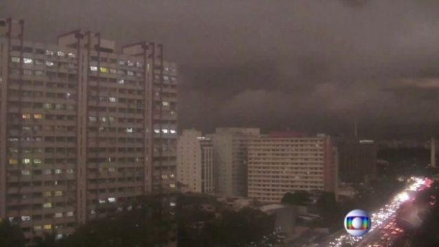 Sao Paulo oscurecido por el humo