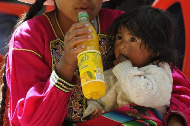 Mujer con su bebé
