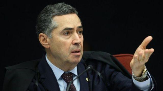 O ministro Luís Roberto Barroso durante sessão do STF em 23 de março de 2019