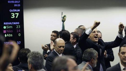 Resultado da votação da reforma da Previdência na Comissão Especial da Câmara