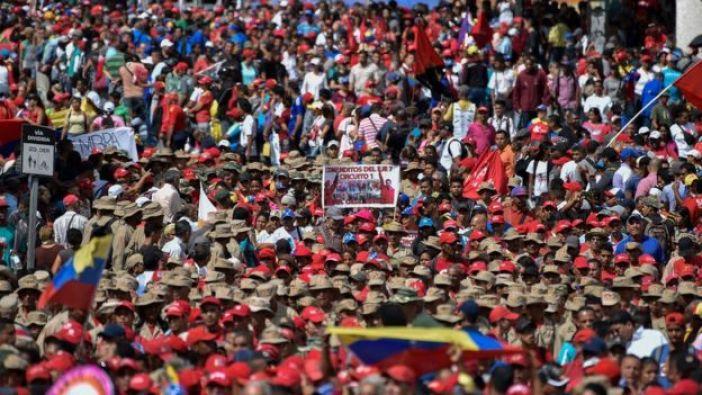Marcha en apoyo a Nicolás Maduro