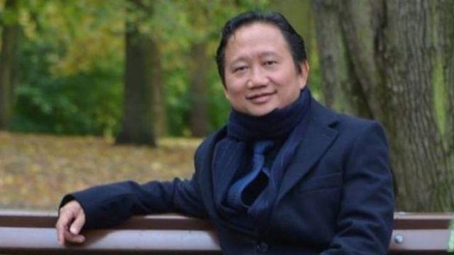 Trịnh Xuân Thanh bị cáo buộc làm thất thoát tài sản nhà nước lên đến hơn 3 nghìn tỉ đồng, khoảng 150 triệu đôla, trong thời gian công tác tại Tổng Công ty Xây lắp Dầu khí