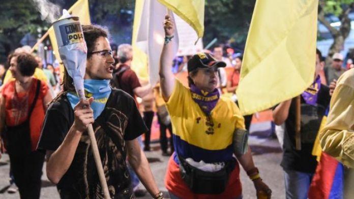 Promotores de la campaña Sí marcharon en Medellín el 18 de agosto.