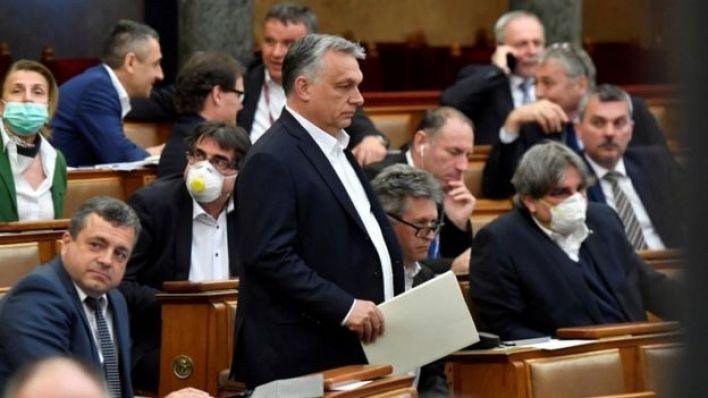 أوربان في البرلمان