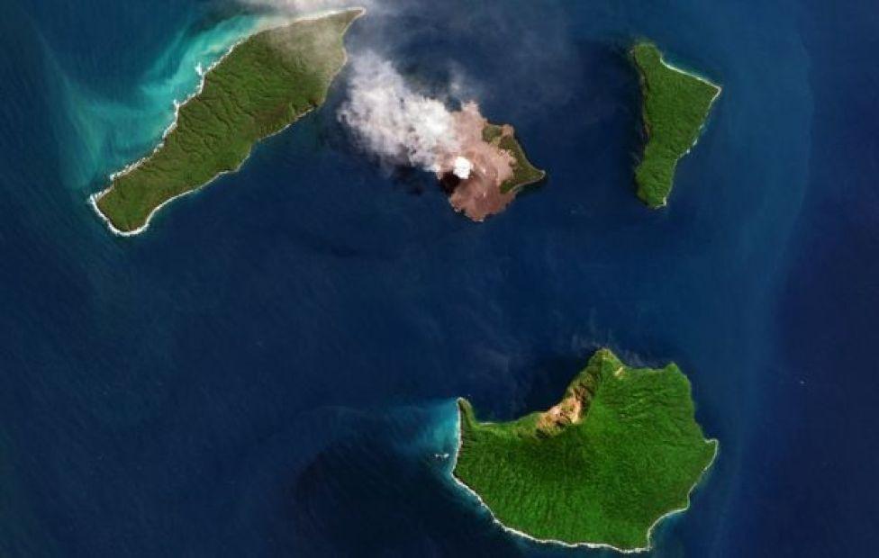 صورة بالأقمار الاصطناعية لثوران بركان كراكاتوا في أغسطس/آب