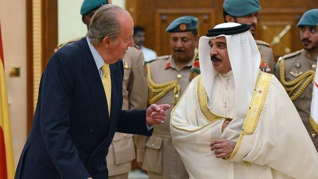 uan Carlos y el rey de Bahréin Hamad bin Isa al Khalifa en 2014.