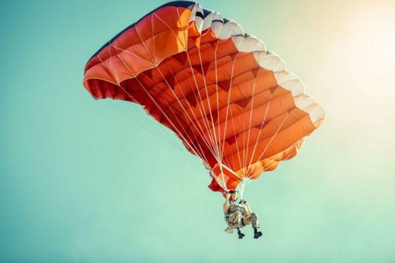 Paraquedas plástico