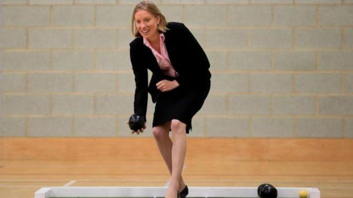 تريسي كراوتش، أول وزيرة مكلفة بمعالجة مشكلة الوحدة