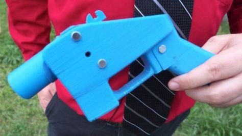 2013年に作られた「リバレーター」は、初めて3Dプリンターで作られた部品のみを使った銃だ
