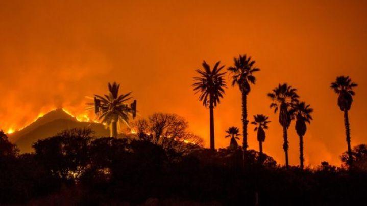 The Thomas Fire burns along a hillside near Santa Paula, California, on December 5, 2017.
