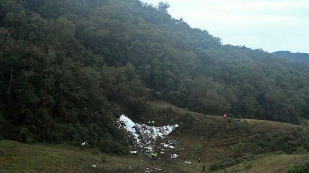 La aeronave se estrelló en una montaña cercana a la ciudad de Medellín, Colombia.
