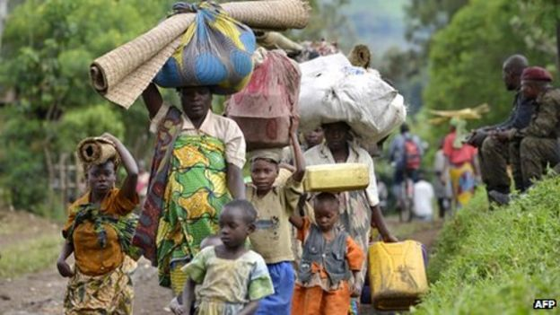 Refugees displaced by fighting are entering Uganda, Nov 2013