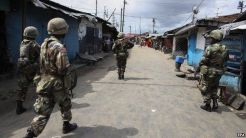 Ebola crisis: Liberia orders curfew and quarantine - BBC News