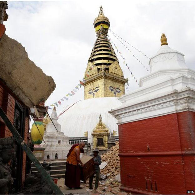 The damage at Nepalese heritage site Syambhunaath Stupa, also known as monkey temple, after a powerful earthquake struck Nepal, in Kathmandu (26 April 2015)