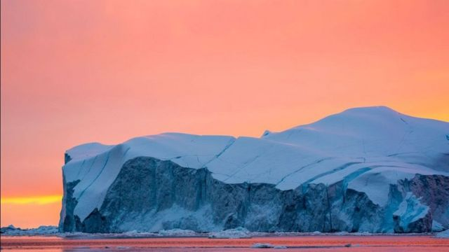 The melting of snow and ice in the Arctic summer is the second largest in history.