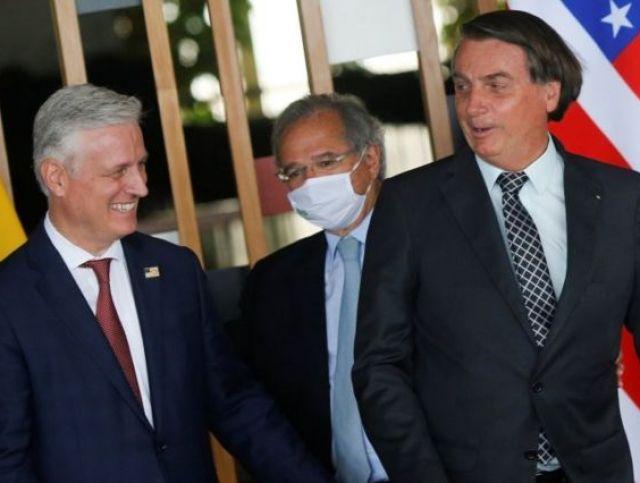 Bolsonaro e Paulo Guedes receberam o assessor de segurança dos EUA, Robert O'Brien