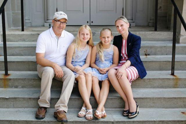 Вікторія Спартц зі своєю родиною