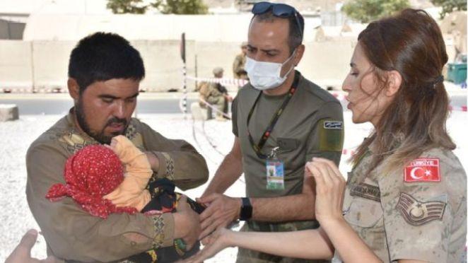 Kabil Havalimanı'ndaki Türk askerleri
