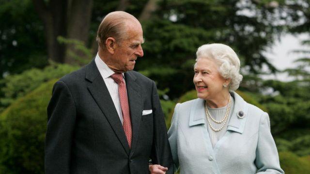 الملكة إليزابيث والأمير فيليب عام 2007