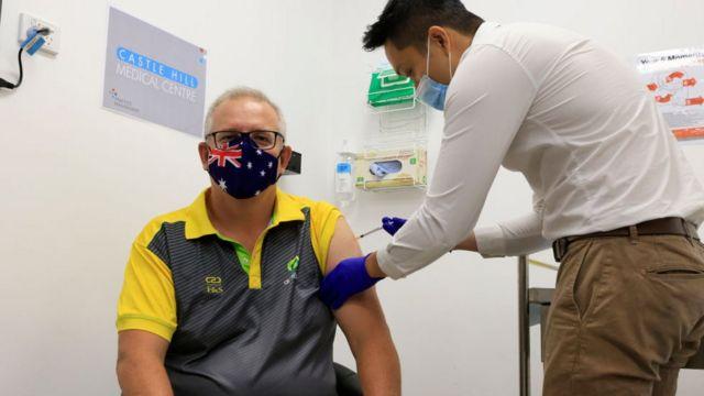 Australian Prime Minister Morrison receives new crown vaccine