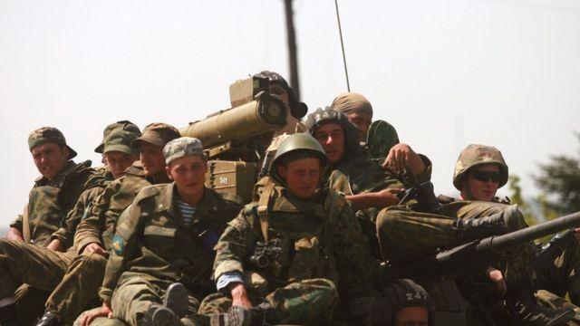 Российские солдаты в окрестностях Гори, 15 августа 2008