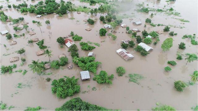 Enchentes em Moçambique e Zimbábue em 2019