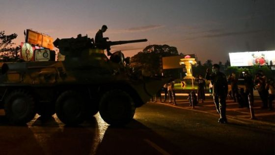 政变开始后,缅甸军队多次派出装甲车,包括在首都内比都。