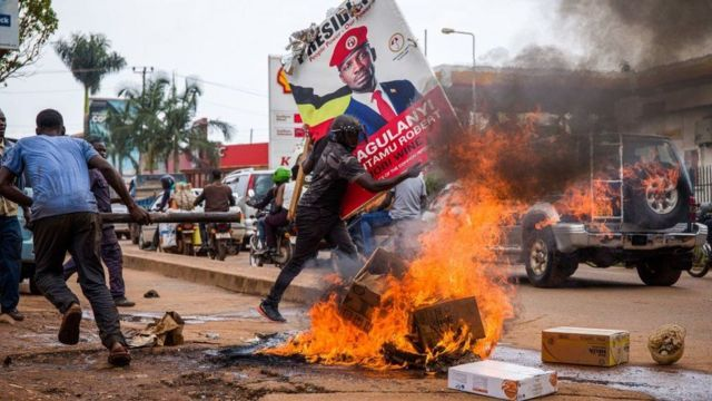Uganda elections 2021: Yoweri Museveni vs Bobi Wine Uganda Decides presidential contest