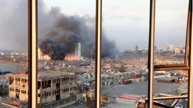 Imágenes del destrozo y la devastación tras la explosión en Beirut.