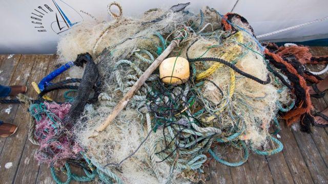 2009'da Büyük Okyanus'tan toplanan balık ağları.