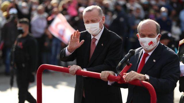 Cumhurbaşkanı Erdoğan ve Kuzey Kıbrıs Cumhurbaşkanı Ersin Tatar.