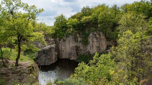 Uma montanha na Hungria em maio de 2021