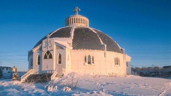Igreja de Nossa Senhora da Vitória em Inuvik