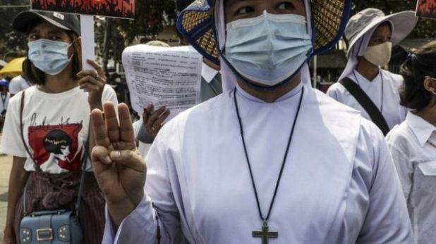 احتجاجات ضد الانقلاب العسكري في ميانمار
