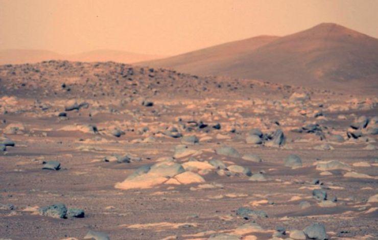 Mars surface using Left Mastcam-Z camera