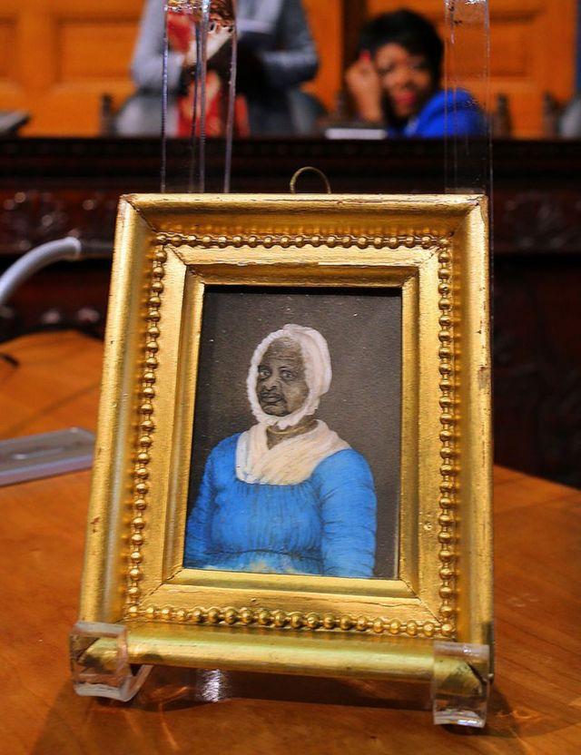 Retrato de Elizabeth Freeman en la Cámara de Representantes en 2014.