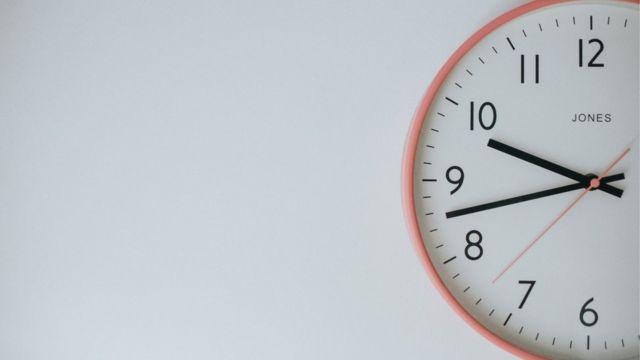 Relógio na parede