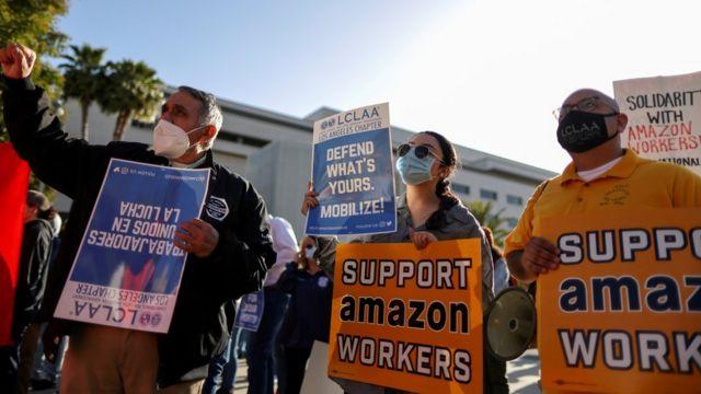 앨라배마주 베세머에 있는 아마존 근로자들은 지난주 노조 결성과 관련한 역사적인 투표를 했다