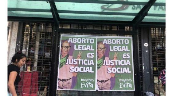 Vigília perto do Congresso Nacional em Buenos Aires