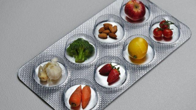 أطعمة داخل شريط دواء