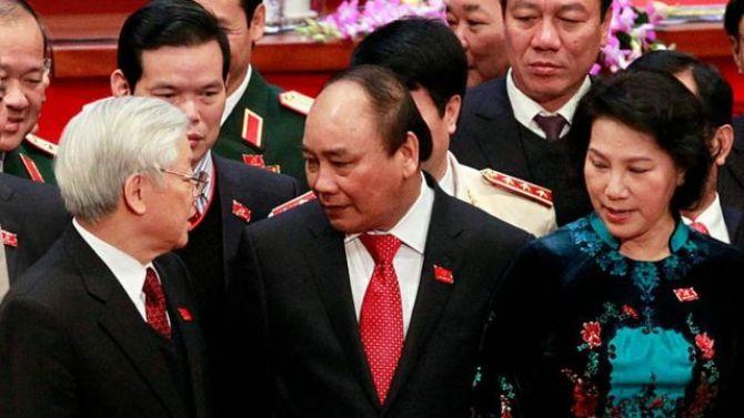 Đại hội Đảng 13 và 'Cuộc đua Tam Mã' vào ghế tổng bí thư - BBC News Tiếng Việt