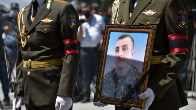 Tovuz döyüşlərindən sonra Ermənistanda yas mərasimi